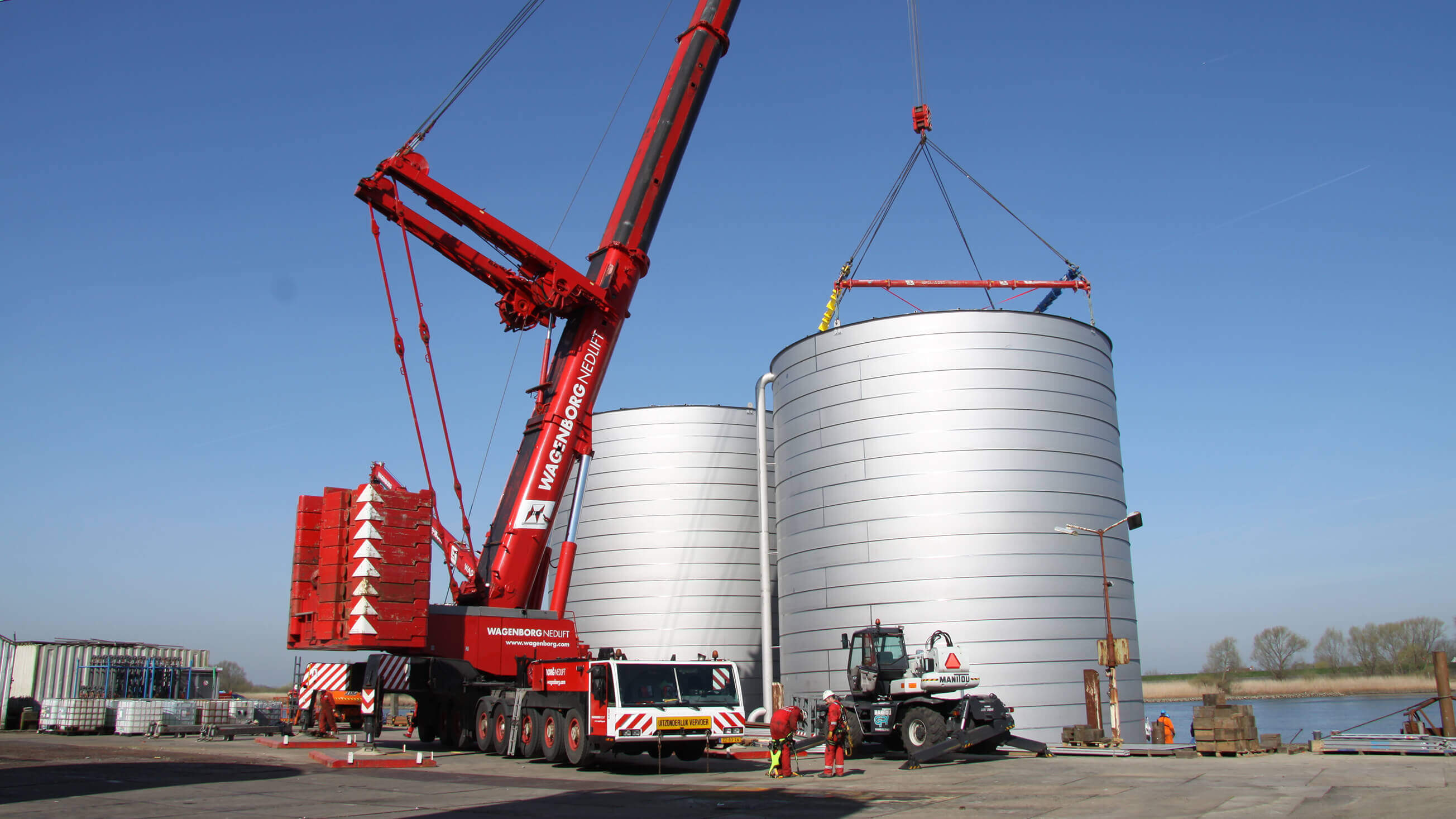 Water storage tanks for Evides